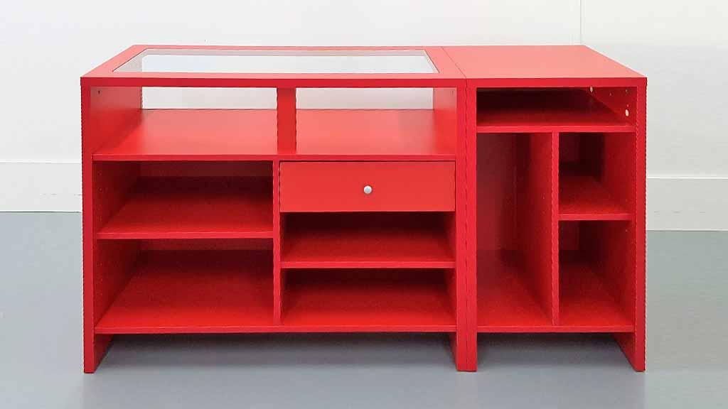 Complementos para tiendas mostrador rojo